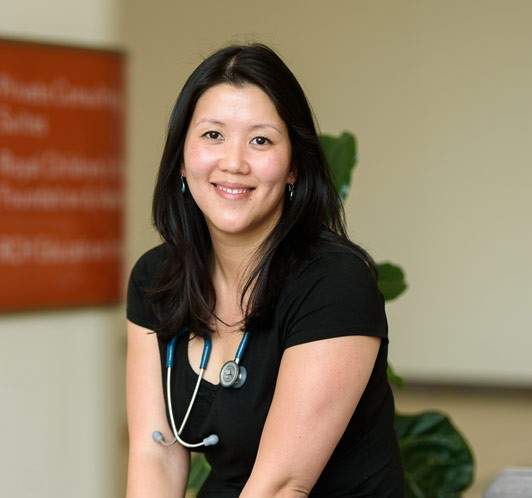 Dr Amanda Gwee - General Paediatrician, Infectious Disease Physician and Travel Medicine Specialist