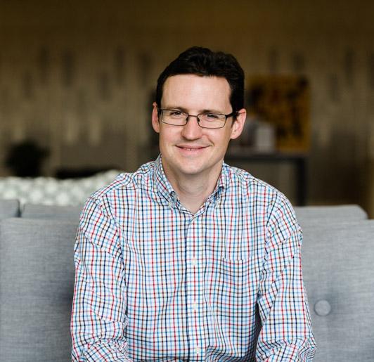 Dr Peter Simm, Paediatric Endocrinologist